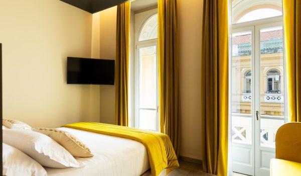 amadomus-yellow-room
